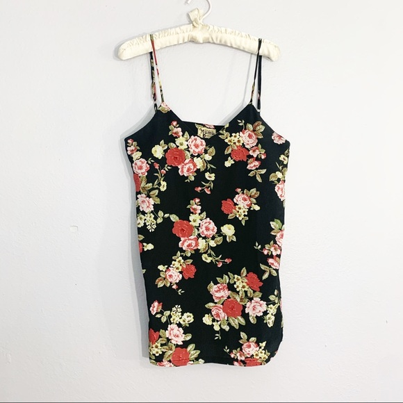 SHOW ME YOUR MUMU Floral V-Neck Swing Tank Tunic